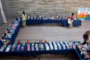 צילום: באדיבות ג'ני כרמל - שוק קח-תן ספרים בפטיו הספרייה