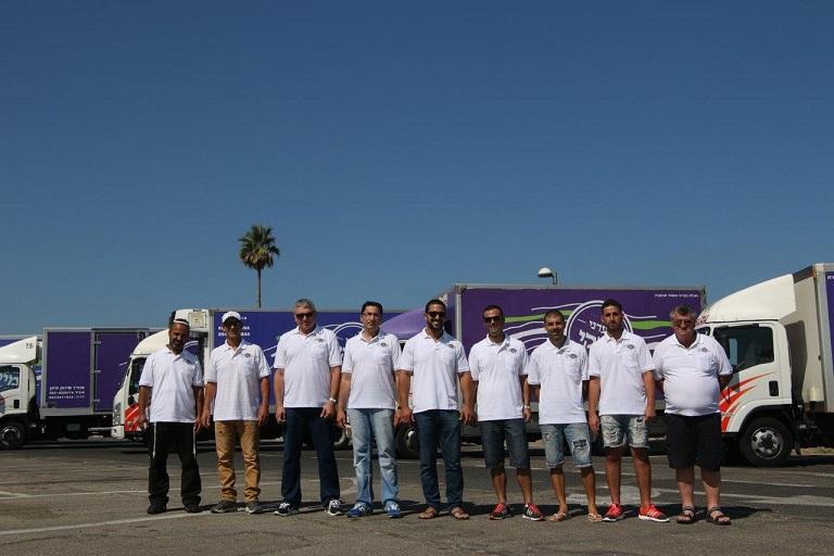 משאיות מעדני מיקי - צוות הנהגים,        צילום: חגית גורן