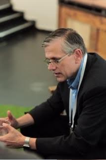 """ג'ים בוזקובסקי מנכ""""ל מערכות טכנולוגיות ומחקר בפורד"""