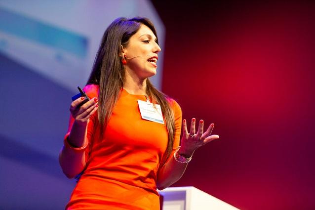 """אליסה קוסטנטה, מנהלת מחלקת המחקר בפורסקאוט, צילום: יח""""צ"""